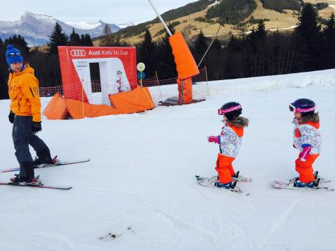 Kids group ski lessons with Megeve Ski Escape Ski School